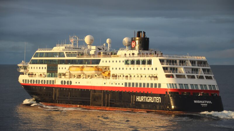 Milliardsmell for Hurtigruten