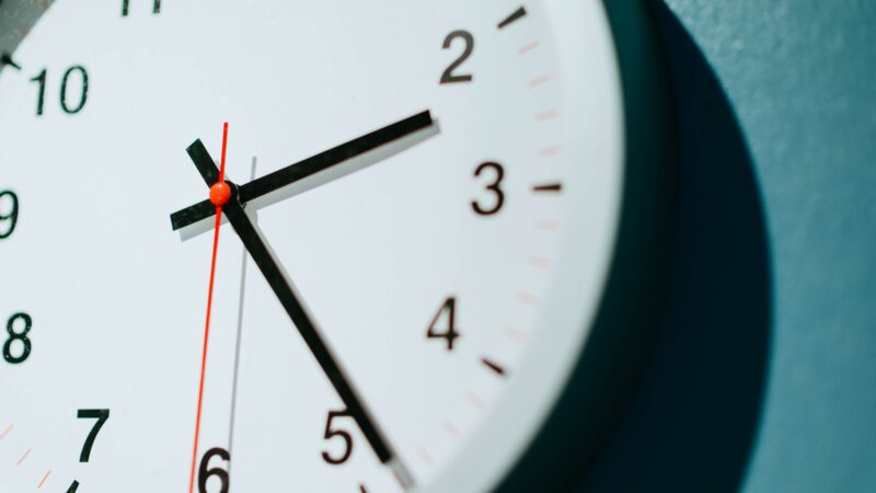 Har du husket å stille klokken èn time frem?